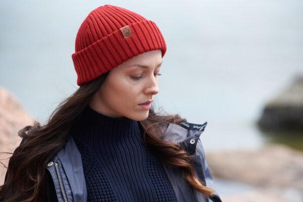 SAILOR merino wool beanie red